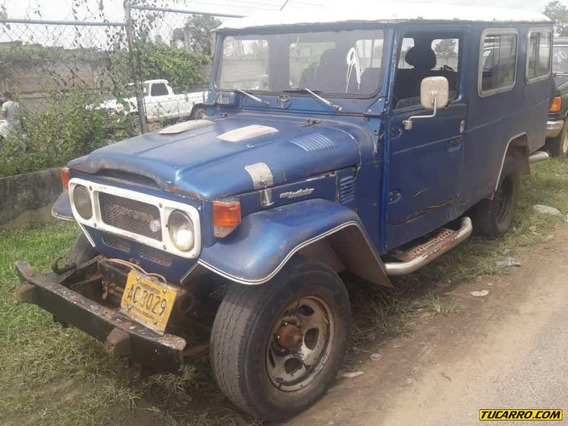 Toyota Fj-40 4x4 - Sincrónica