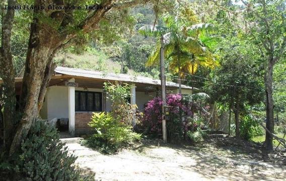 Sítio Para Venda Em Teresópolis, Santa Rosa, 3 Dormitórios, 1 Suíte, 2 Banheiros, 2 Vagas - S-019