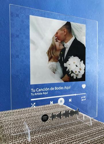 Cuadro Acrílico Con Foto Y Código Para Canción Spotify!