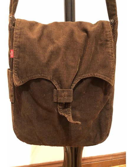 Morral Corderoy Levis