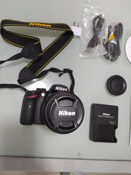 Cámara Digital Nikon D3200 Como Nueva!