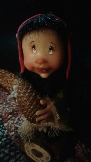 Los Cocos. Artesanías De Mar Del Plata. Gnomos De Porcelana