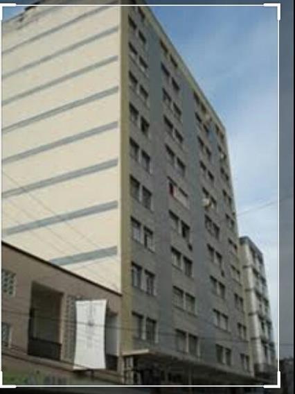 Alugo Apartamento 2 Quartos, Sala Cozinha Mobiliado