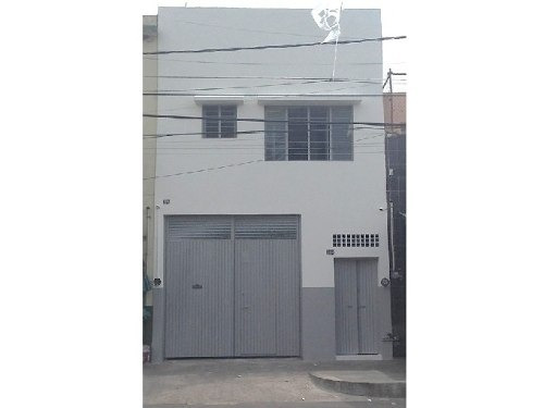 Local Comercial Con Almacen Y Oficinas En Sector Libertad