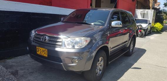 Toyota Fortuner Urbana 4x4 2011