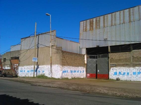 Importante Inmueble Industrial Con Salida A Dos Calles