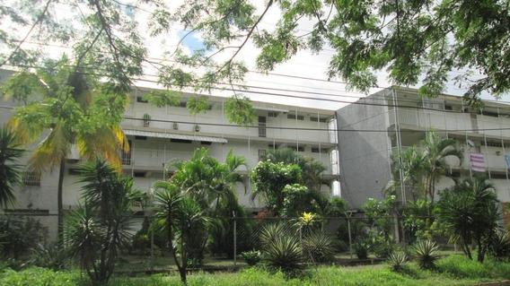 Apartamento 70mts2 Económico En Maracay Gbf20-15306