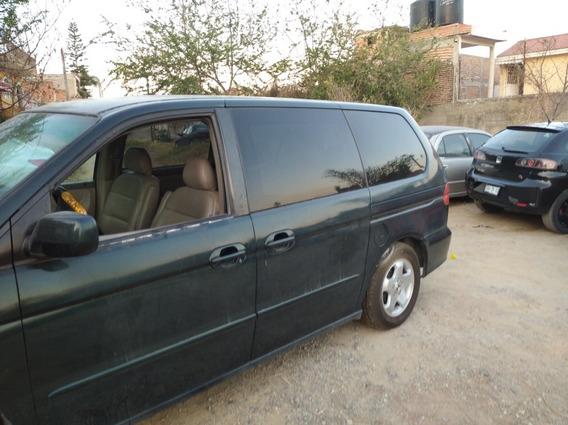 Honda Odyssey 2000 3.5 Minivan At