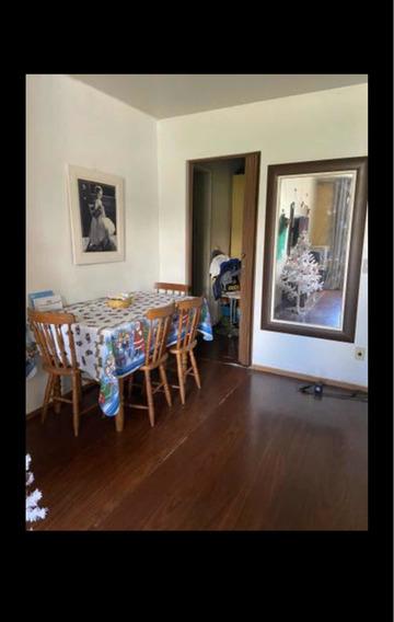 Apartamento 3 Quartos Com 2 Banheiros E 2 Vagas Na Garagem.
