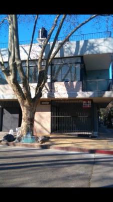 Residencia Estudiantil. 6 Habitaciones,3 Baños.