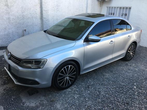 Volkswagen Vento 2.0 Sportline Tfsi - Liv Motors