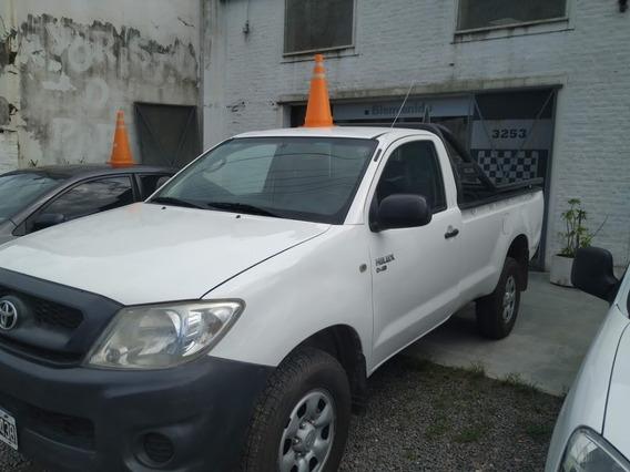 Toyota Hilux 2.5 Cabina Simple 4x4 2011 - Muy Buen Estado
