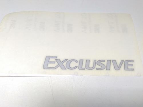 Adesivo Exclusive Porta Renault Logan 990454738r Sem Uso