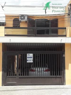 Sobrado Residencial À Venda, Parque Pinheiros, Taboão Da Serra. 04 Quartos, Sendo 2 Suítes E 2 Vagas De Garagem. - So0125