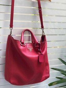 78e00144a Bolsa Prada Vermelha - Um - Bolsas Femininas no Mercado Livre Brasil