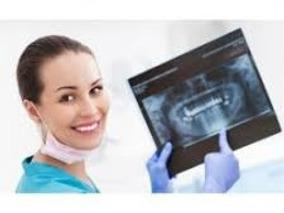 Servicio De Radiografía Panorámica Y Periapicales