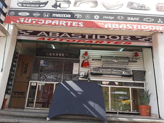 Traspaso Local Comercial De Autopartes.