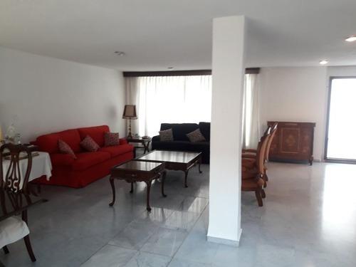 Amplia Casa En Esquina, San Pedro Zacatenco