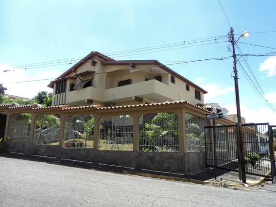 Casa En Venta En Santa Elena, Barquisimeto