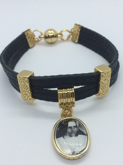 Pulseira Tira De Couro Preto Com Medalha Irmã Dulce