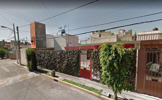 Ld Oportunidad De Inversion! Remate Hipotecario Casa En Tlalnepantla