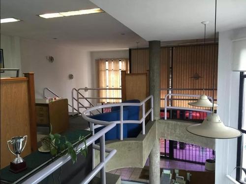 Casa En Venta , Local En Venta , La Comercial, Tres Cruces
