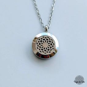 Colar Aromático / Difusor Pessoal Mandala Prateado 2cm