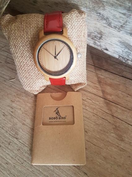 Relógio De Madeira Bobo Bird Red Original