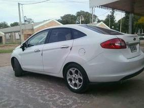 Ford Fiesta Kinetic Design 1.6 Design Sedan 120cv Trend 2012