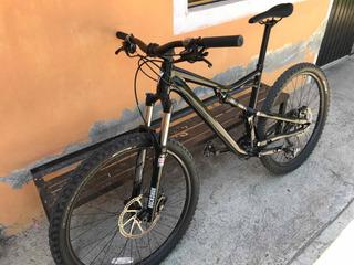 Bicicleta Specialized Camber 2016