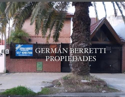 Casa Chalet  En Venta Ubicado En Gerli, Avellaneda
