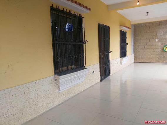 Casa En Venta En Valencia Idc-1181
