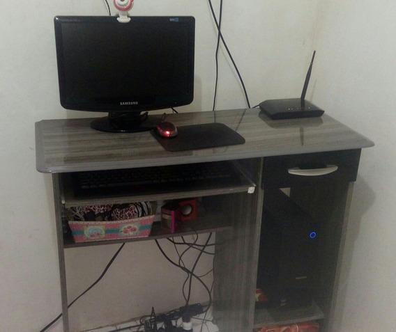 Computador Completo Com Mause,cpu ,teclado E Web Can E Mesa