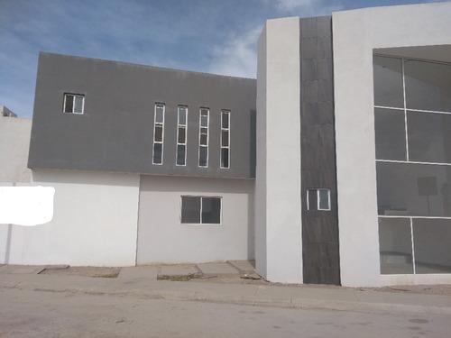Imagen 1 de 13 de Hcv-101-22673 Casa En Venta En Circuito Lobo Sector Viñedos Torreon Coahuila