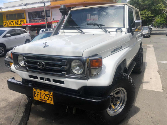 Toyota Land Cruiser Carpada