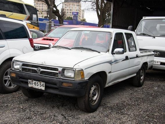 Toyota Hilux Dlx 4x2 Mt 1996