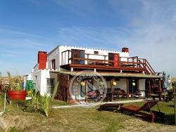 Casa Con Posada De 6 Habitaciones Con Baño Privado Equipa