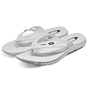 Chinelo Oakley Operative 2.0 Surf Várias Cores Branco