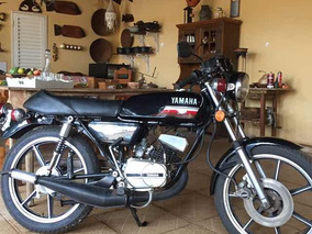 Yamaha Moto Antiga
