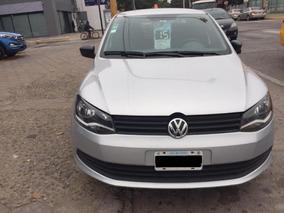 Volkswagen Voyage 1.6 Trendline L/15 2015