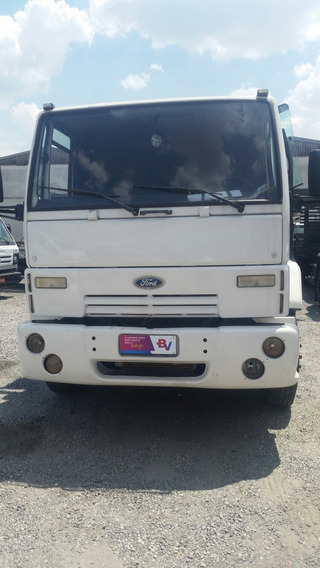 Ford Cargo 1517 Ano 2010