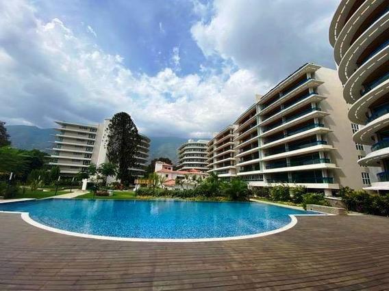 Apartamento En Venta 4 Habitaciones 5 Baños, Campo Alegre