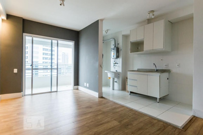 Apartamento No 4º Andar Com 2 Dormitórios E 1 Garagem - Id: 892839869 - 139869