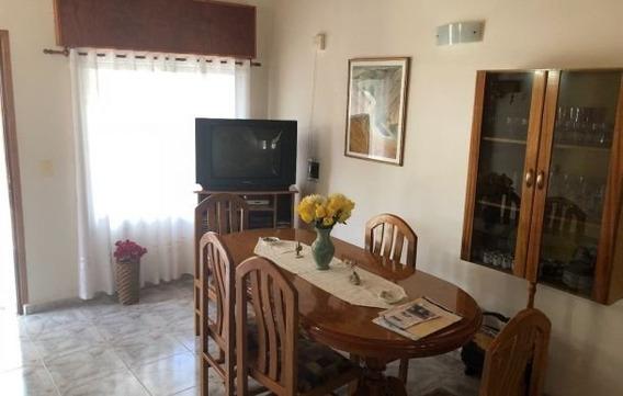 Vendo Hermosa Casa En Ph Barrio Residencial Cerca Del Lago