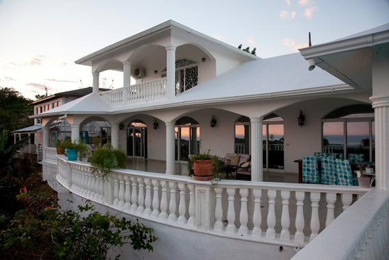 Vista Al Mar Hermosa Villa Amueblade, 5 Habitaciones