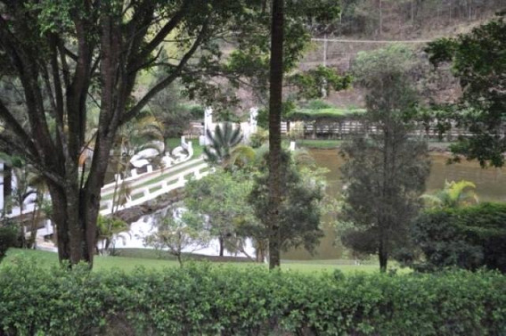 S-4107 Sitio A Venda Em Mogi Das Cruzes - 1390