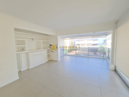 Exclusivo Apartamento En Península- Ref: 4181