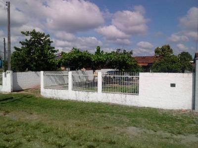 Casa Em Itapoá Sc Na Região Central Com 56 M²