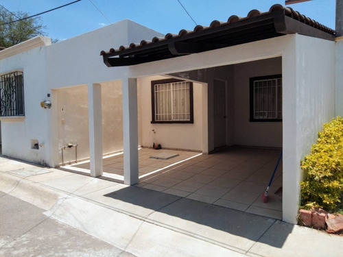 Casa En Venta, San Sebastián, Santa Catalina, Aguascalientes, Ags Rcv 399258.