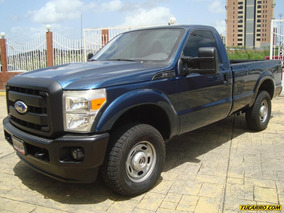 Ford F-250 Super Duty Lx 4x4 - Automática